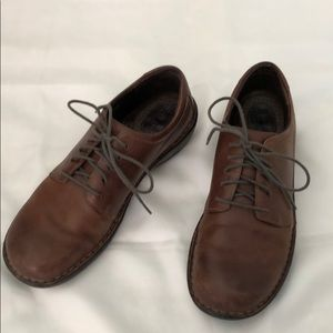 Born lace-up leather loafers